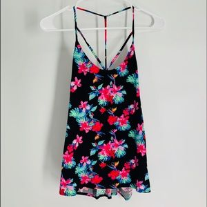 Bright floral breezey spaghetti straps top, med